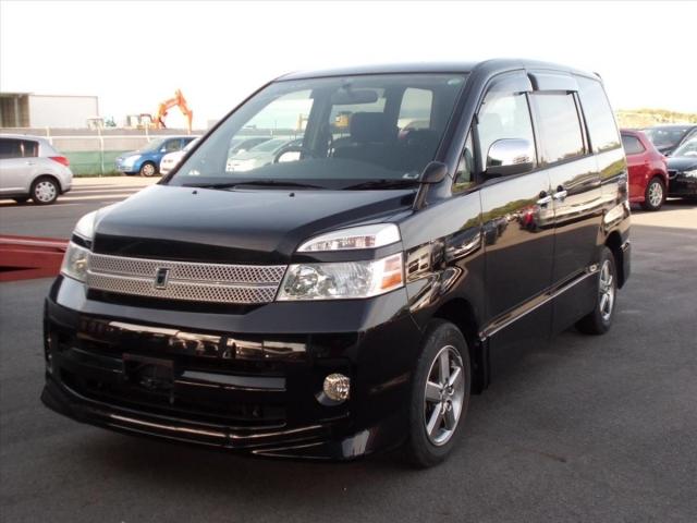 Toyota Voxy  Van / OneBox 8 - 2005  AT BLACK
