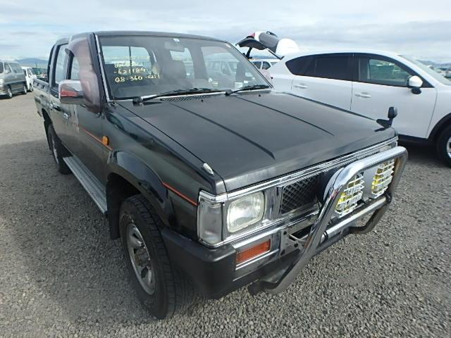 Nissan Datsun Pickup  Pickup / UTE 10 - 1991  F5 BLACK