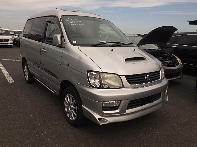 Toyota Liteace Noah  Van / OneBox 12 - 2000  IAT SILVER