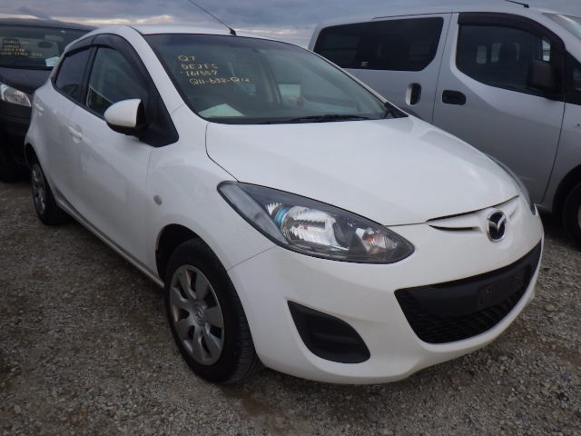 Mazda Demio  Hatchback 10 - 2013  AT WHITE