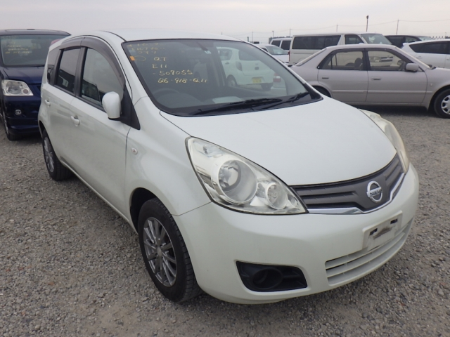 Nissan Note  Hatchback 6 - 2010  FAT PEARL WHITE