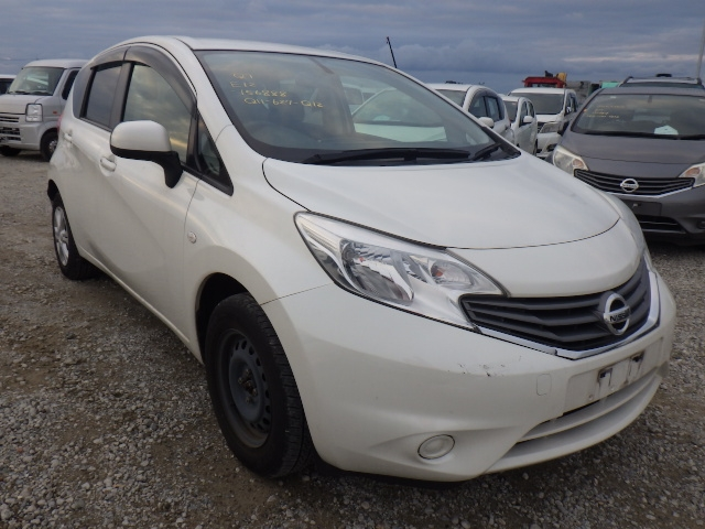 Nissan Note  Hatchback 10 - 2013  AT PEARL WHITE