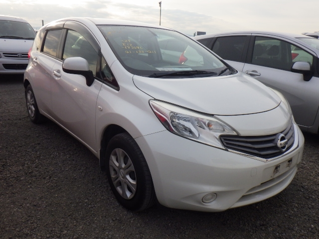 Nissan Note  Hatchback 11 - 2013  AT PEARL WHITE