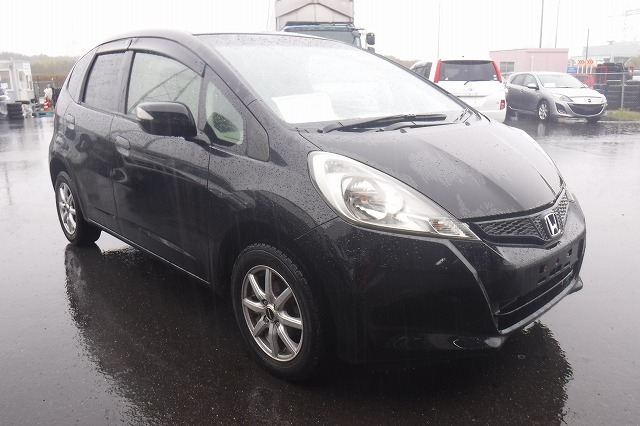 Honda Fit  Hatchback 3 - 2013  FAT BLACK