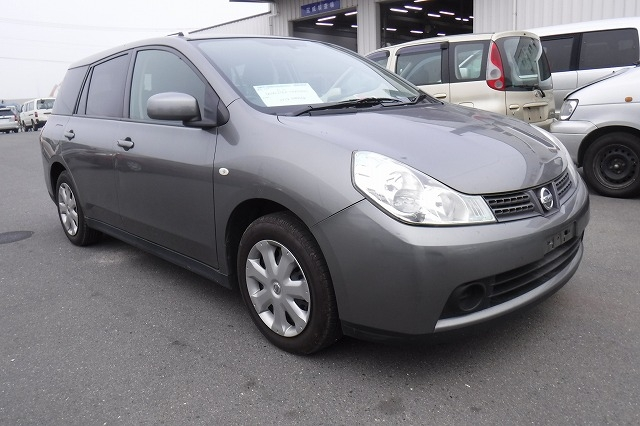 Nissan Wingroad  Station Wagon 5 - 2011  FAT GRAY