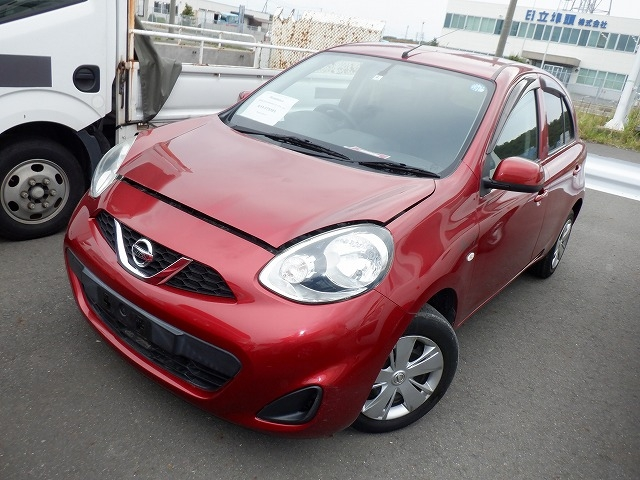 Nissan March  Hatchback 4 - 2014  AT RED