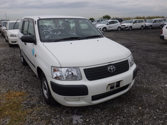 TOYOTA SUCCEED VAN  STATION WAGON 9 - 2012  FAT WHITE