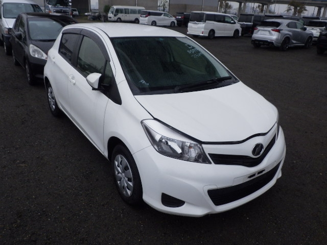 Toyota Vitz  Hatchback 9 - 2013  FAT WHITE