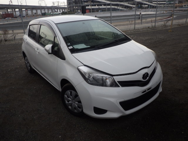 Toyota Vitz  Hatchback 12 - 2013  FAT WHITE