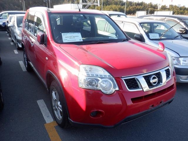 NISSAN X-TRAIL  SUV 2 - 2011  FAT RED