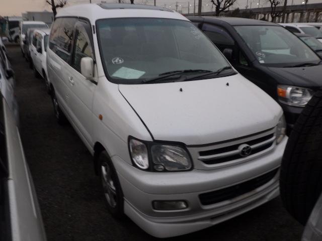 Toyota Townace Noah  Van / OneBox 12 - 2000  CAT PEARL WHITE
