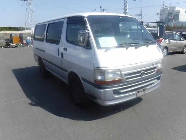 Toyota Hiace Van  Van / OneBox 3 - 2004  FAT WHITE