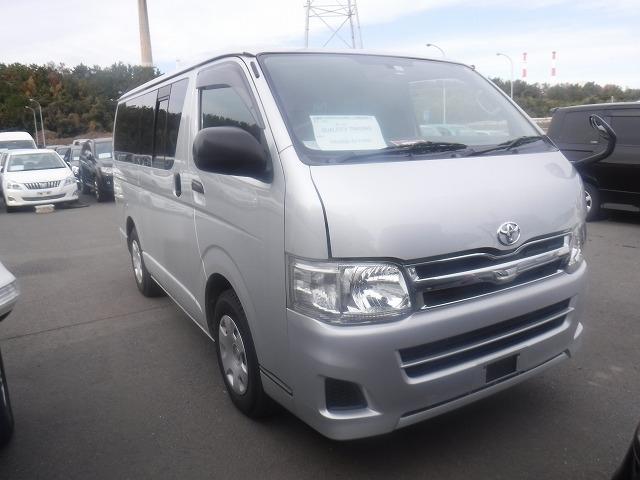 Toyota Hiace Van  Van / OneBox 12 - 2012  IAT SILVER