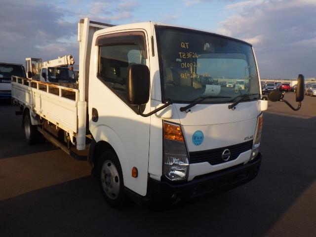 Nissan Atlas Truck  Truck 5 - 2010  F6 WHITE