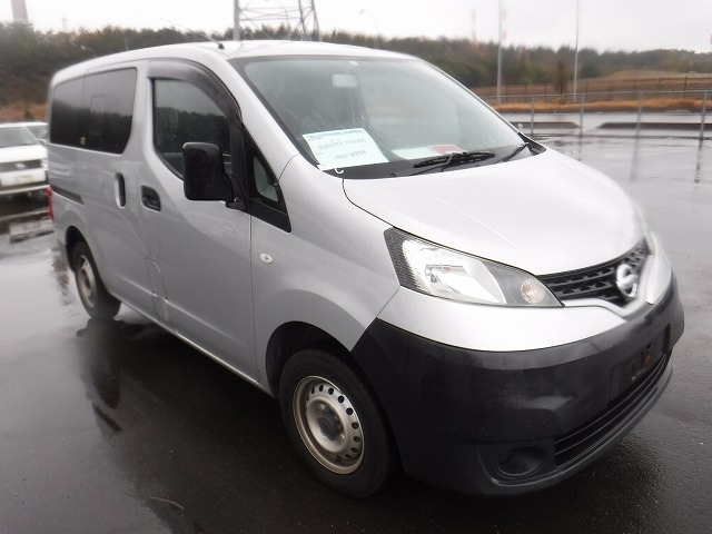 Nissan NV200 Vanette Van  Van / OneBox 1 - 2013  IAT Silver