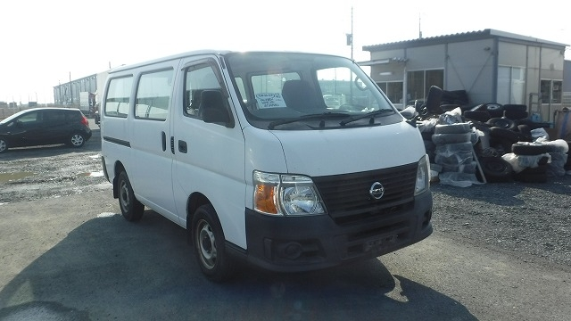 Nissan Caravan Van  Van / OneBox 7 - 2006  F5 WHITE