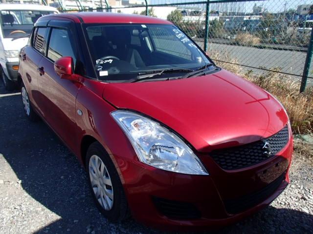 Suzuki Swift  Hatchback 5 - 2013  FAT RED