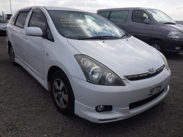 Toyota Wish  Station Wagon 5 - 2004  IAT PEARL WHITE