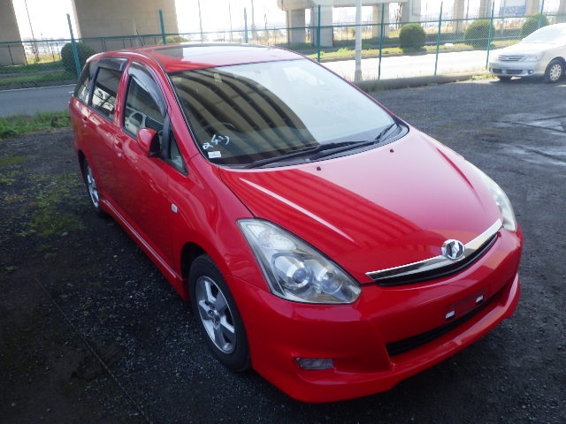 Toyota Wish  Station Wagon 8 - 2006  IAT RED