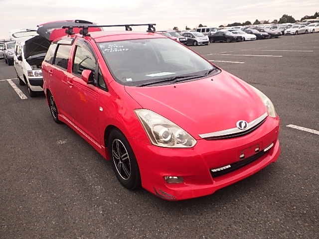 Toyota Wish  Station Wagon 1 - 2008  IAT RED