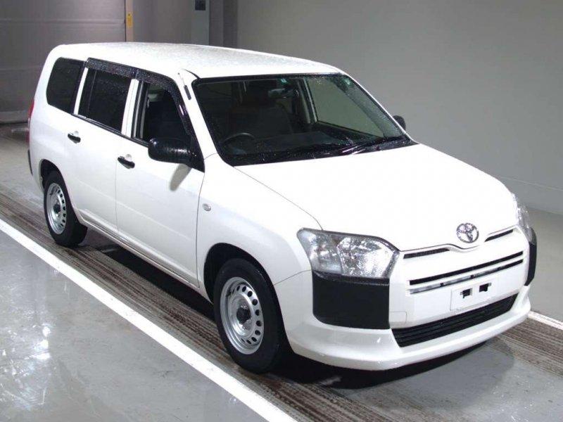 Toyota Probox Van  Station Wagon 7 - 2016  FAT White