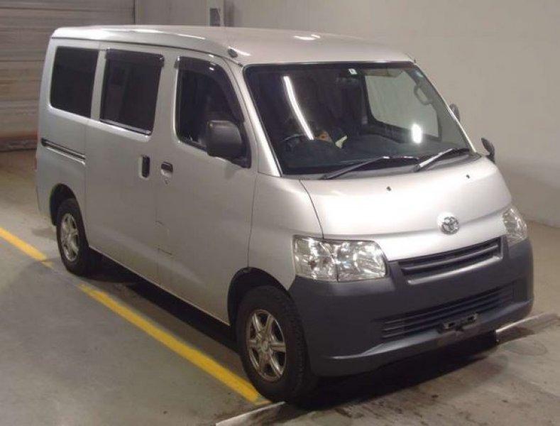 Toyota Liteace Van  Van / OneBox 4 - 2014  IAT SILVER
