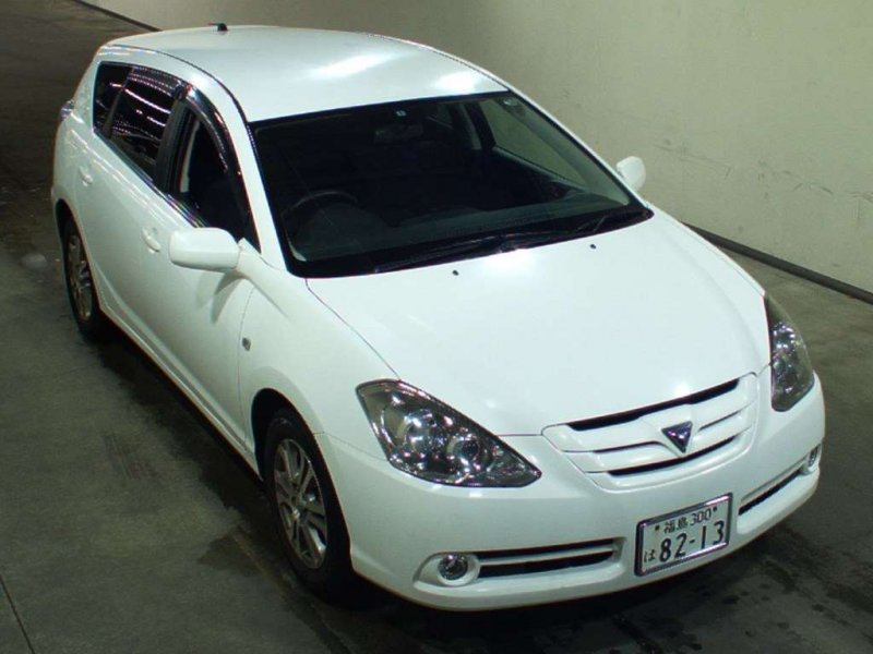 Toyota Caldina Wagon  Station Wagon 9 - 2005  FAT White