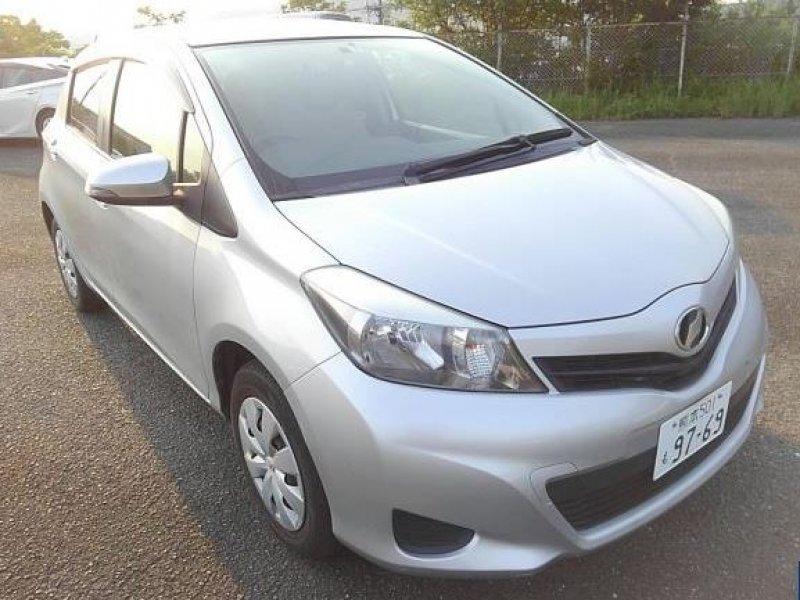 Toyota Vitz  Hatchback 8 - 2013  FAT SILVER