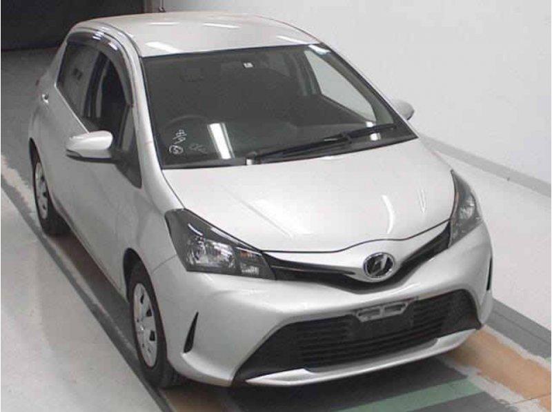 Toyota Vitz  Hatchback 7 - 2014  FAT SILVER