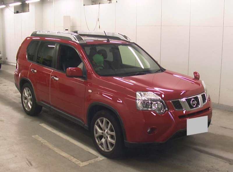 Nissan X-Trail  SUV 1 - 2012  AT RED