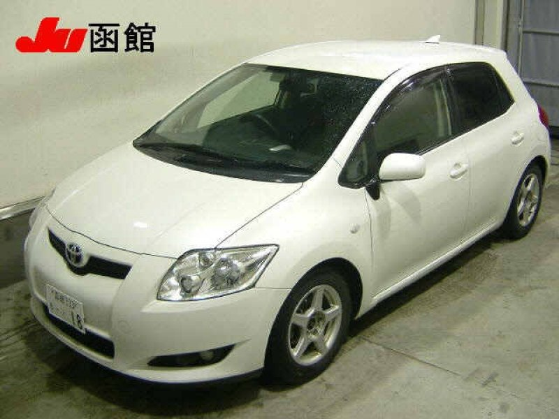 Toyota Auris  Hatchback 12 - 2006  AT PEARL WHITE
