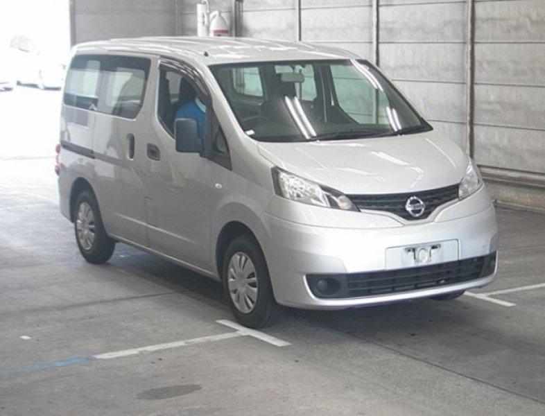 Nissan NV200 Vanette Van  Van / OneBox 7 - 2013  IAT Silver
